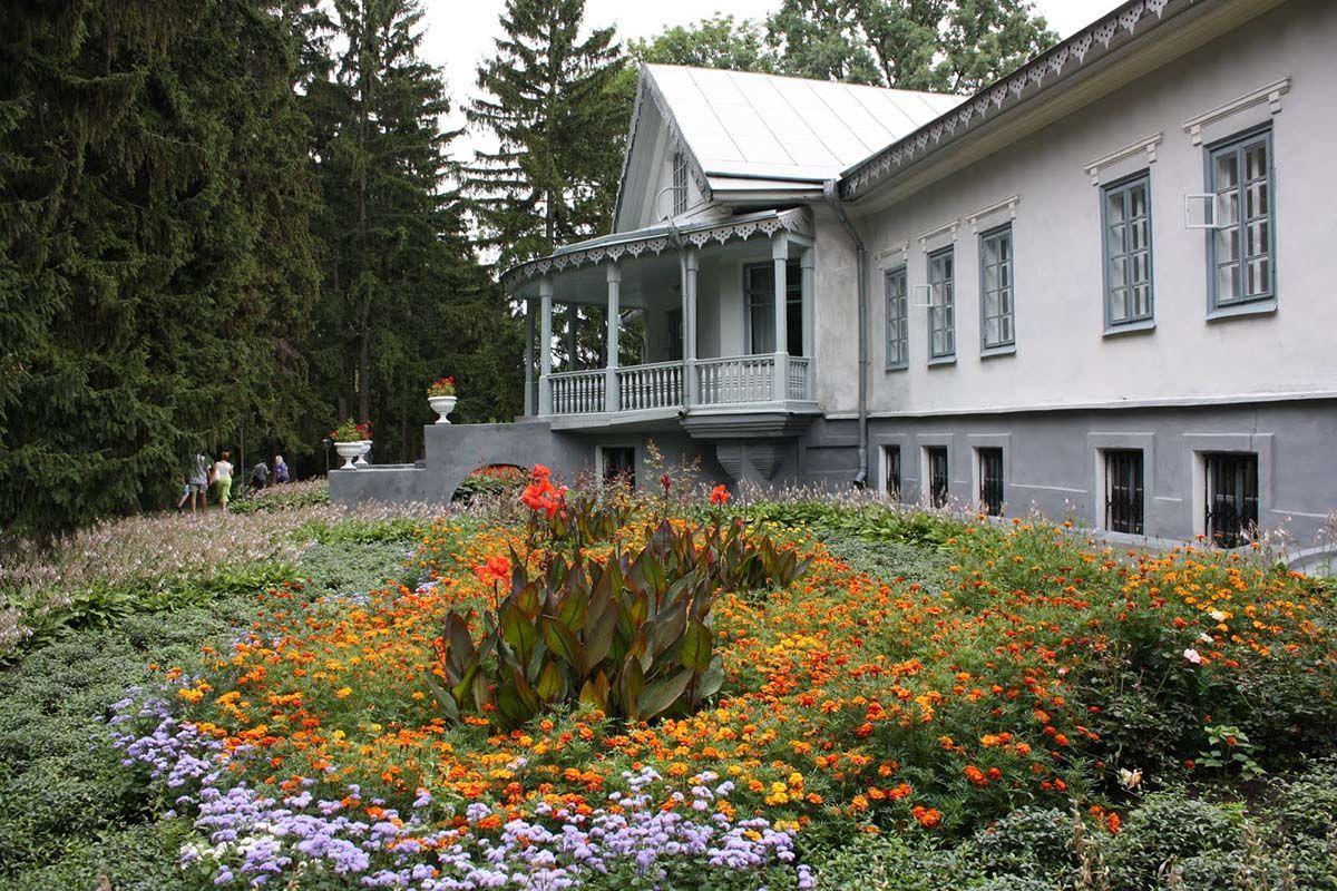 Блогер Игорь Сподин посетил усадьбу Пирогова в Виннице