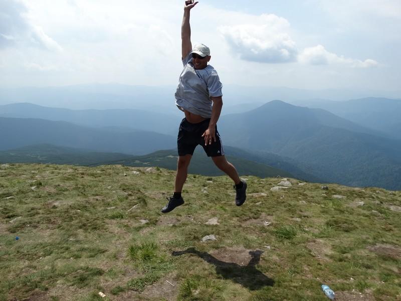 Ігор Сподін підкорює вершину Говерли